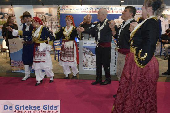 Griekse dans bij de Griekse Gids op de vakantiebeurs